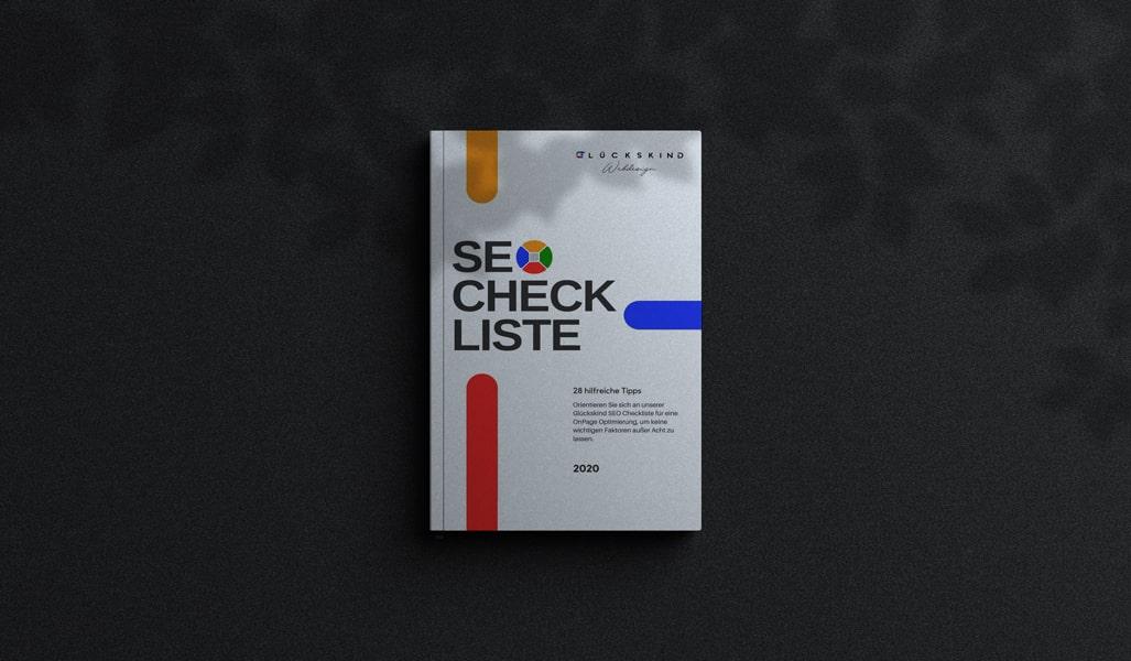 SEO Checkliste auf einem schwarzen Hintergrund